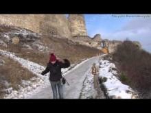 Embedded thumbnail for Ruiny zamku w Cachticach - historia wciąż żywa.